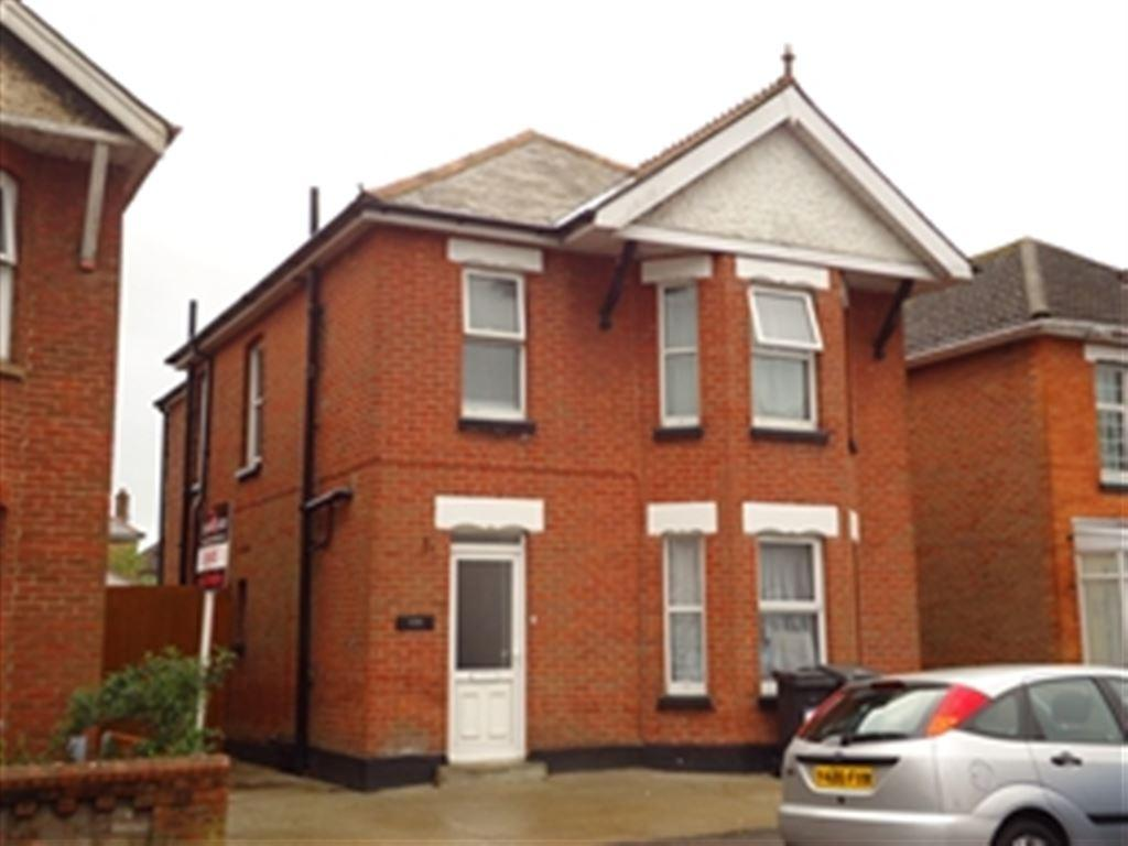 4 Bedrooms House for rent in Ensbury Park Road, Ensbury Park, Bournemouth, Dorset