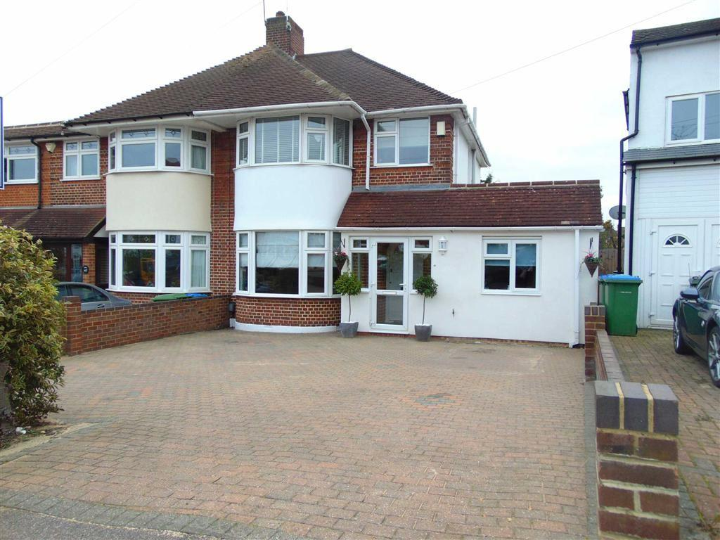 5 Bedrooms Semi Detached House for sale in Domonic Drive, New Eltham, London