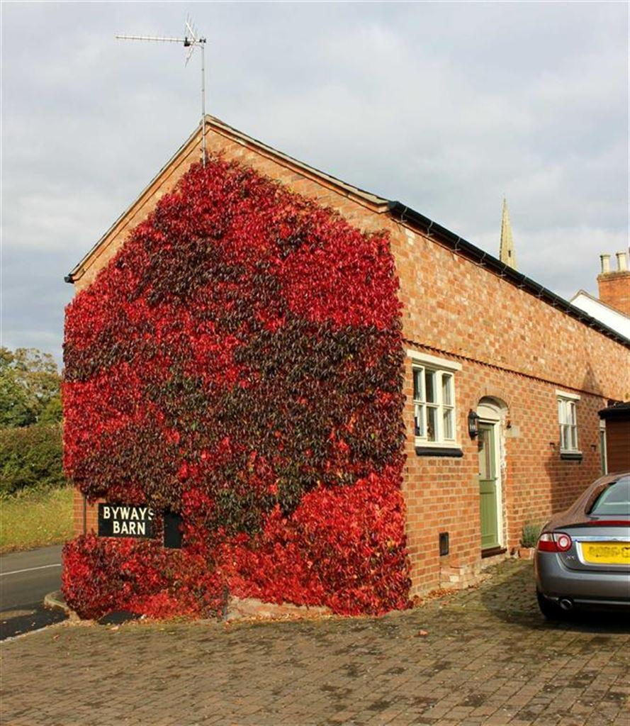 3 Bedrooms Barn Conversion Character Property for sale in Gaulby Lane, Stoughton, Leicester