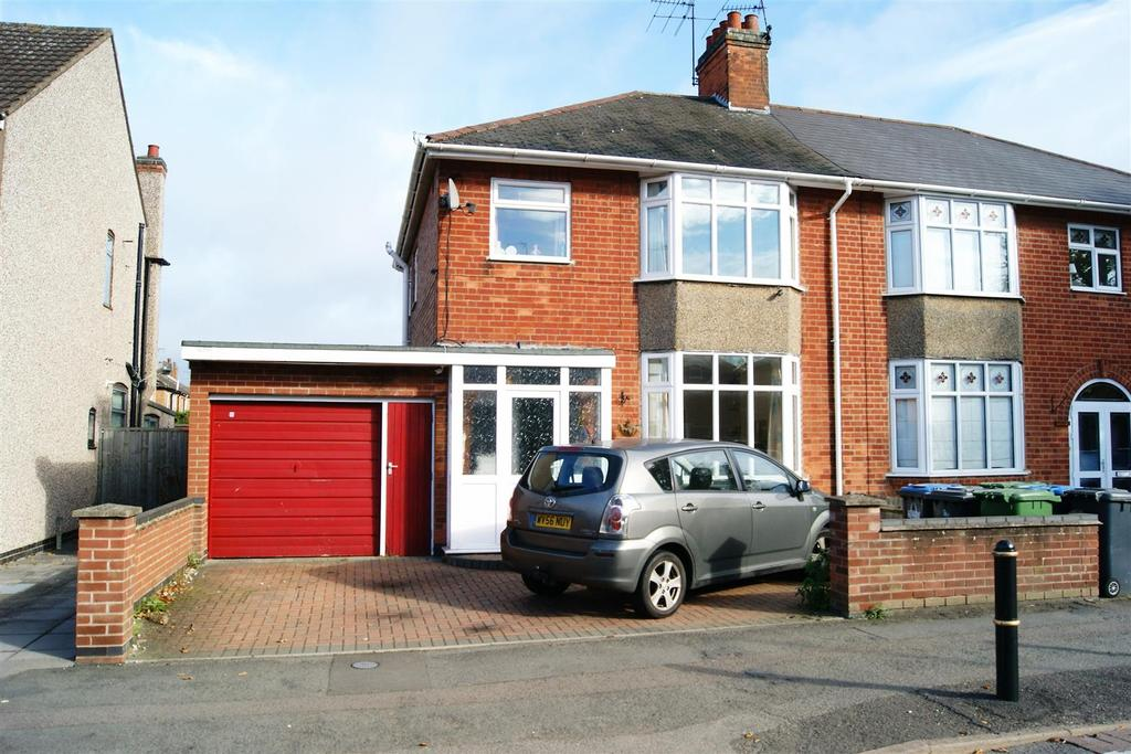 3 Bedrooms Semi Detached House for sale in Lower Hillmorton Road, Rugby