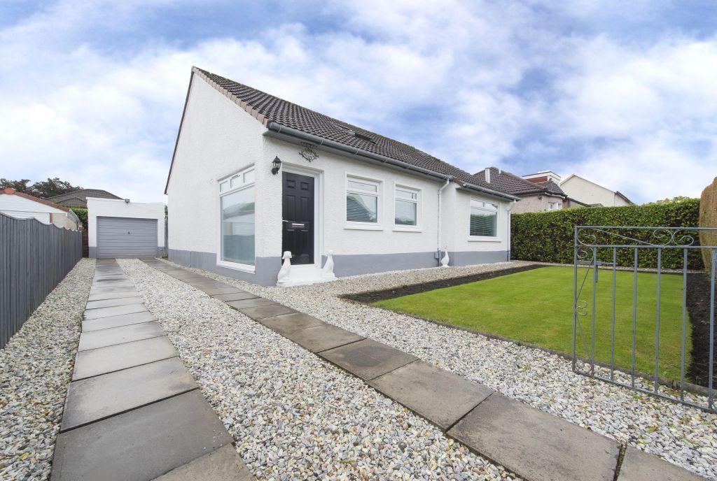 4 Bedrooms Detached Bungalow for sale in 102 Berwick Drive, Rutherglen, G73 3LS