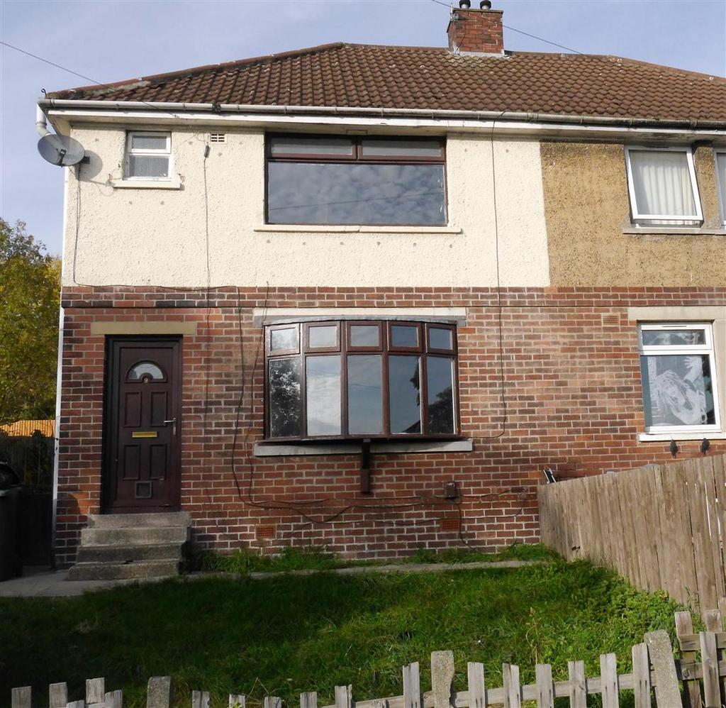 3 Bedrooms Semi Detached House for sale in Shirley Avenue, Wyke, Bradford,BD12 8RT