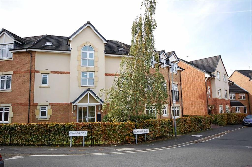 2 Bedrooms Flat for sale in Cedarwood Close, Northenden, Manchester, M22