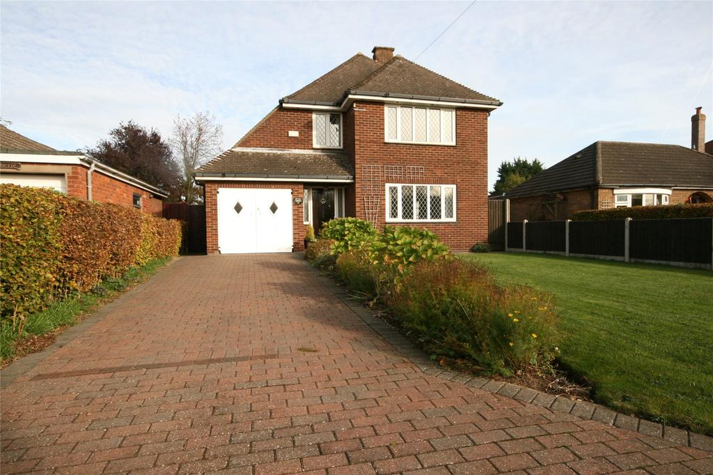 3 Bedrooms Detached House for sale in Stallingborough Road, Healing, DN41