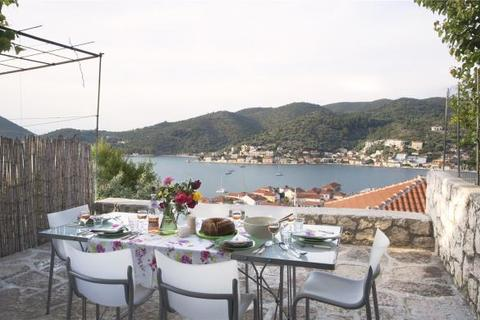 1 bedroom semi-detached house  - Vathy Town House, Vathy Port, Ithaca, Ionian Islands
