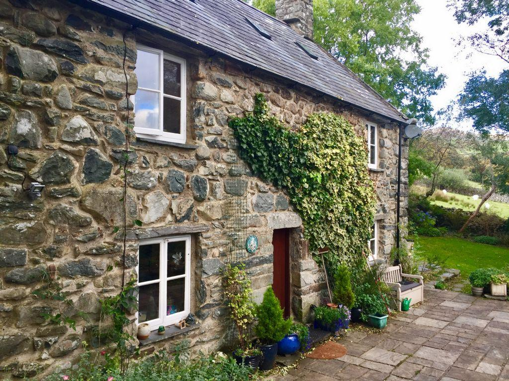 3 Bedrooms House for sale in Panorama Road, Barmouth, LL42