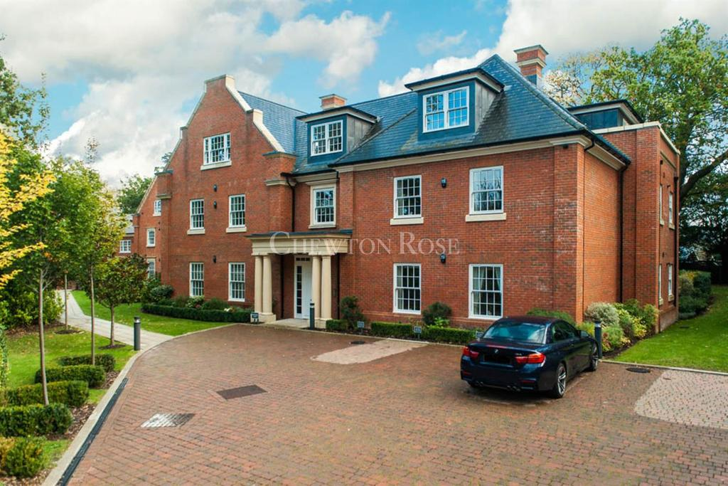 3 Bedrooms Flat for sale in London Road, Ascot