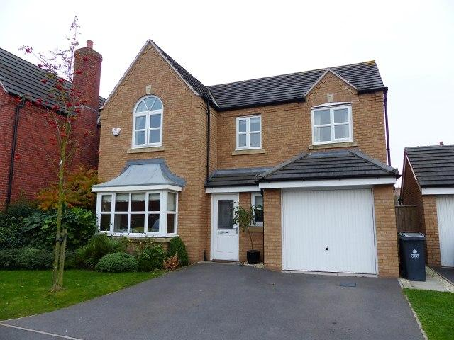 4 Bedrooms Detached House for sale in Shire Oak Close,Walsall Wood,Walsall