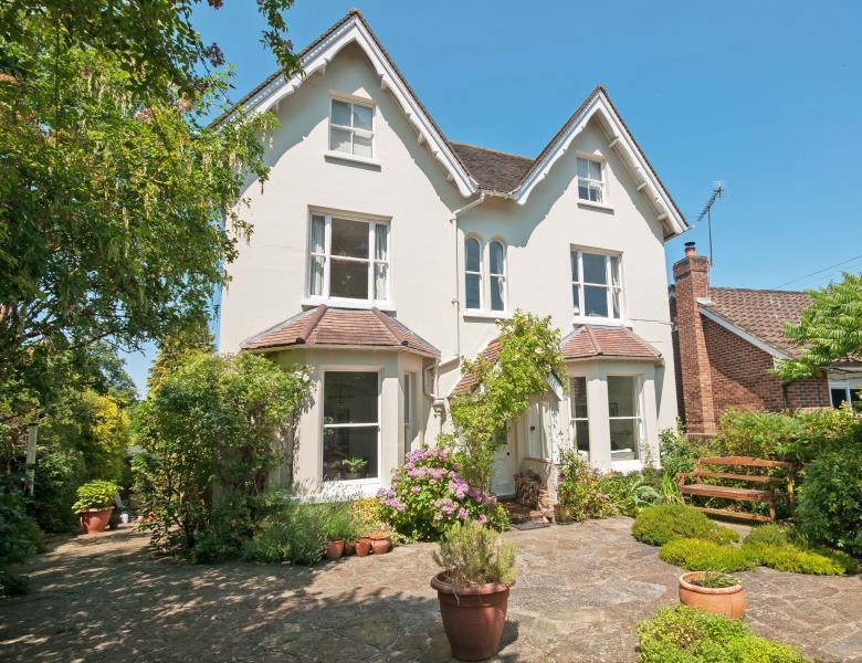 6 Bedrooms Detached House for sale in Harrow Road West, Dorking, Surrey, RH4