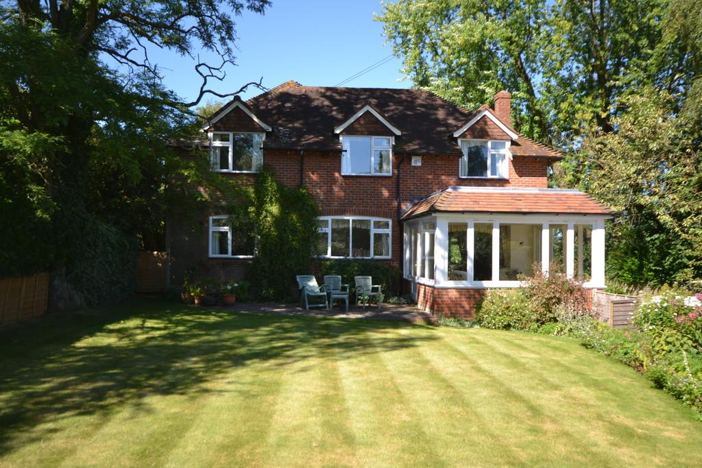 3 Bedrooms Detached House for sale in West Marden