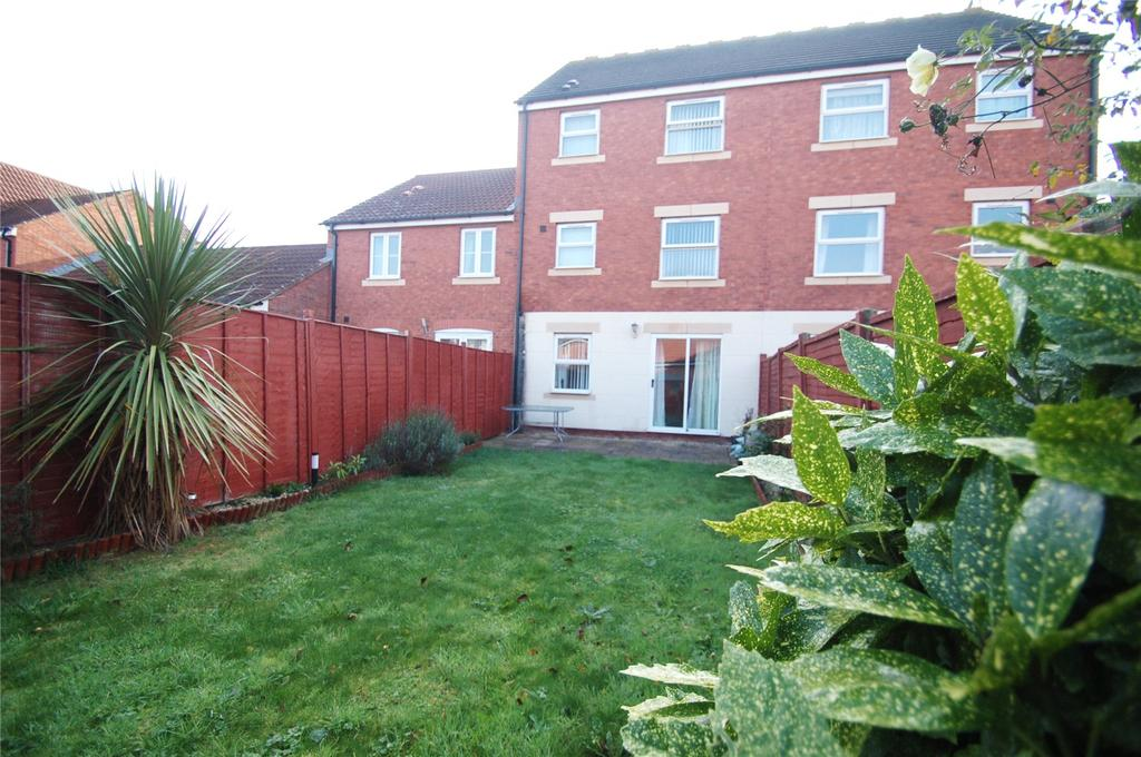 5 Bedrooms Terraced House for sale in Meadowlands Avenue, Bridgwater, Somerset, TA6