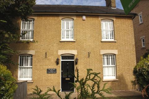 3 bedroom semi-detached house to rent - Downing Court Sandy Beds