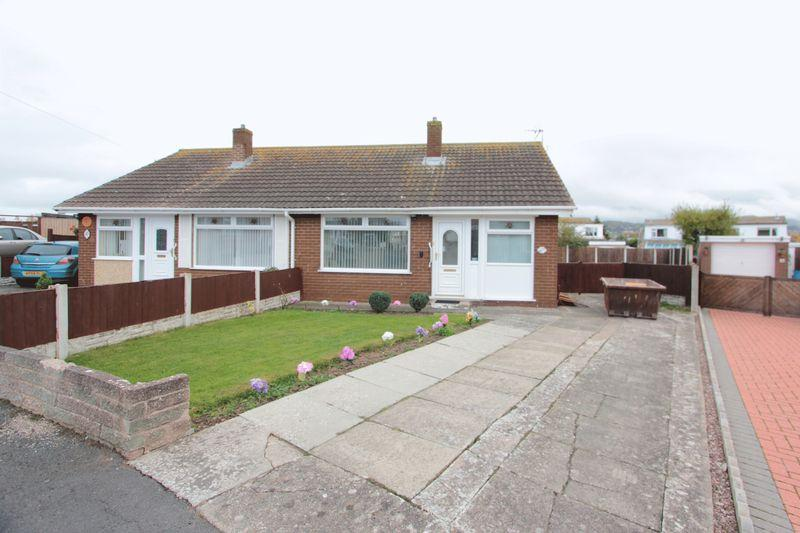 2 Bedrooms Semi Detached Bungalow for sale in Wells Close, Prestatyn