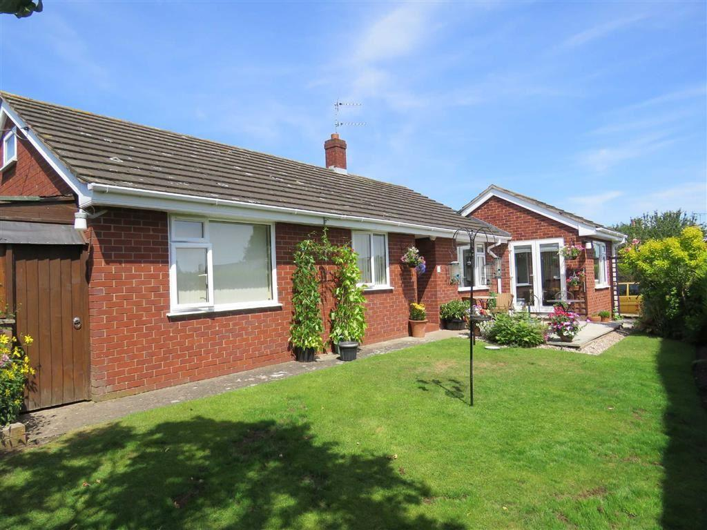 3 Bedrooms Bungalow for sale in Tetchill, Ellesmere, SY12