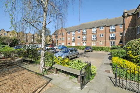 1 bedroom apartment to rent - Northiam Street, London, E9