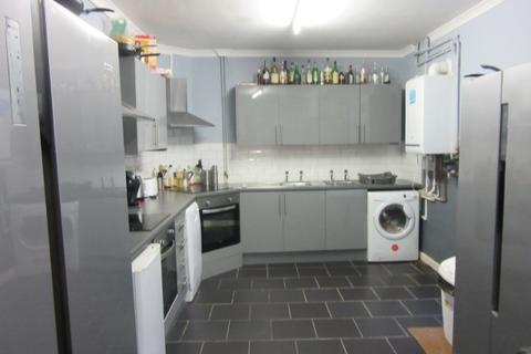 8 bedroom terraced house to rent - Mansel Street, Swansea.  SA1 5SQ.
