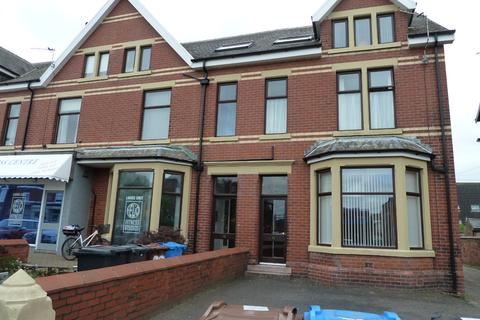 1 bedroom flat to rent - St. Patricks Road South, Lytham St. Annes
