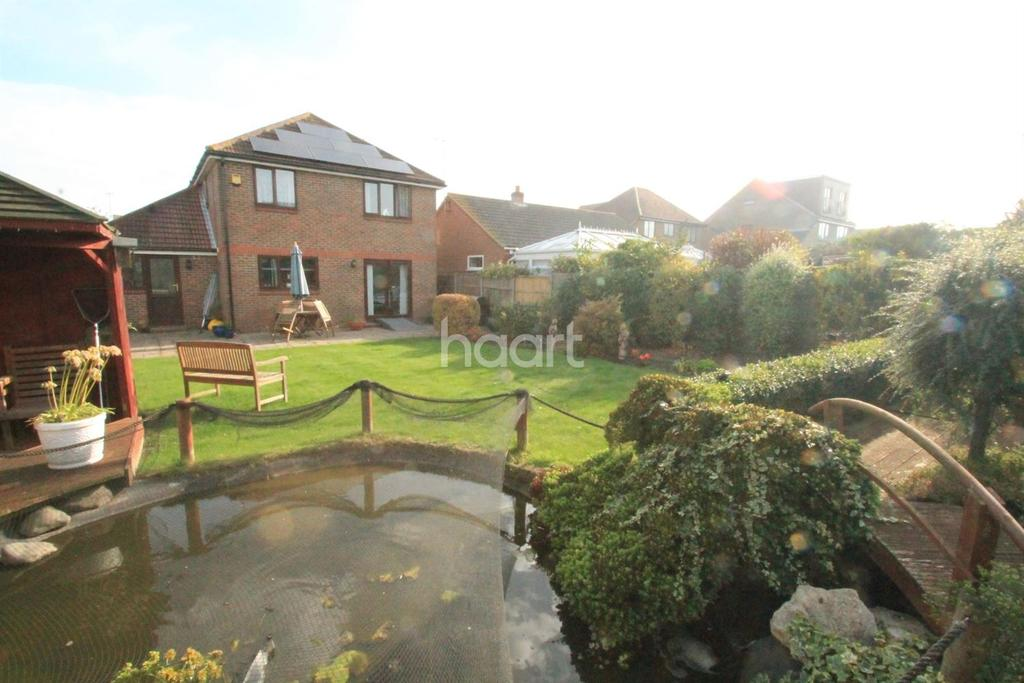 4 Bedrooms Detached House for sale in Stanley Avenue