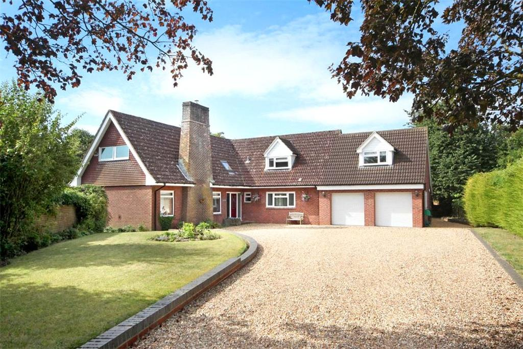 5 Bedrooms Detached House for sale in Wootton St Lawrence, Basingstoke, Hampshire, RG23