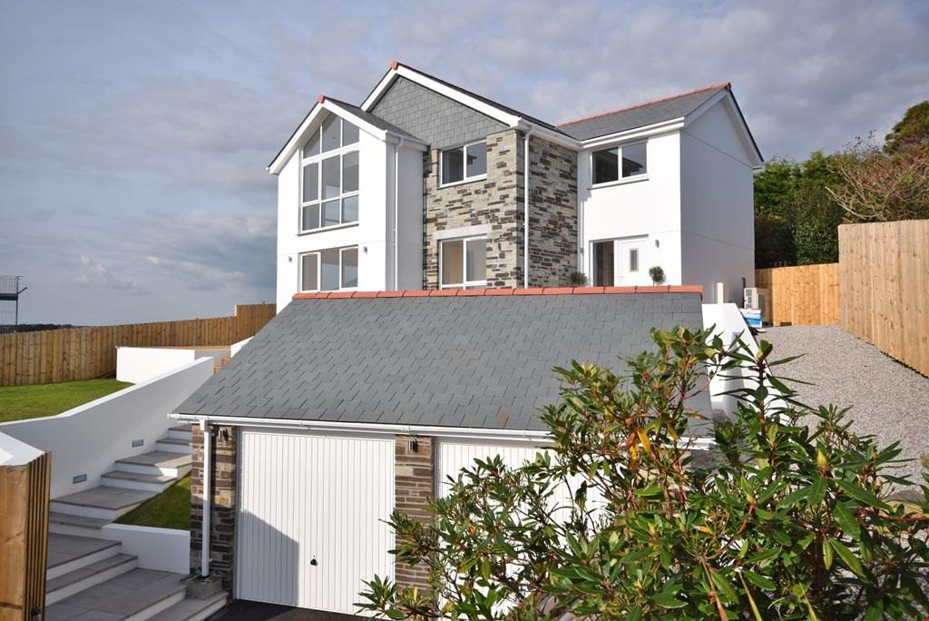 4 Bedrooms Detached House for sale in Polruan, Cornwall, PL23