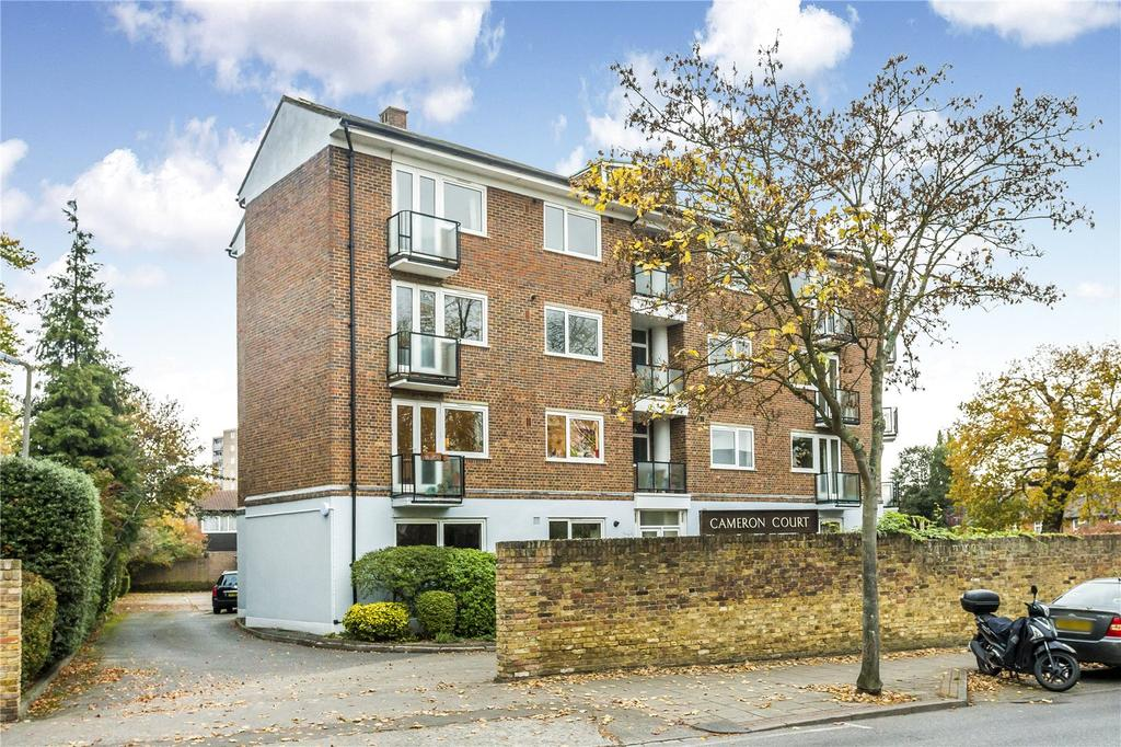 2 Bedrooms Flat for sale in Cameron Court, Princes Way, Wimbledon, London, SW19