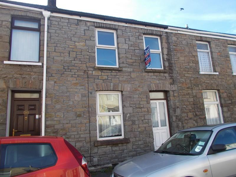 3 Bedrooms Terraced House for sale in Osborne Street, Neath, Neath Port Talbot.
