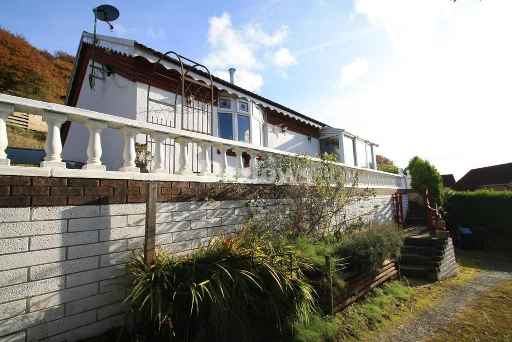 3 Bedrooms Detached House for sale in Gwastod Farm, Cwmtillery, Abertillery, Gwent