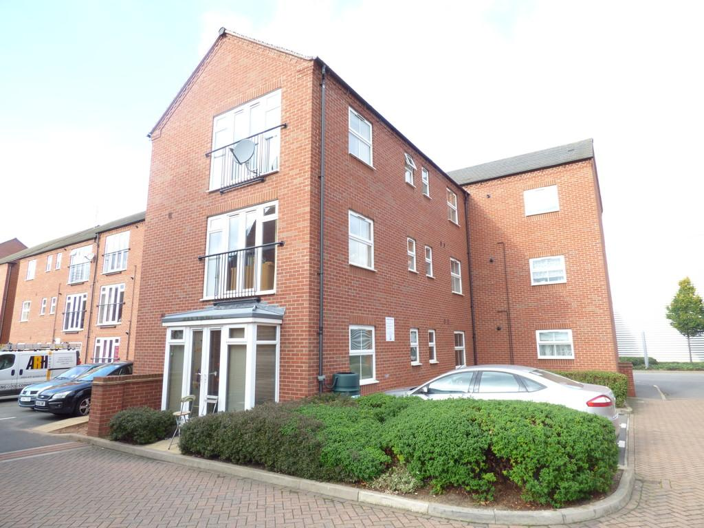 2 Bedrooms Ground Flat for sale in Huxley Court, Stratford Upon Avon