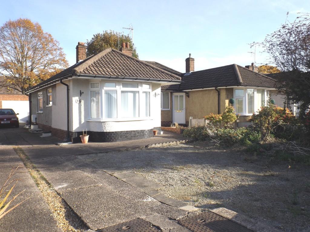 2 Bedrooms Semi Detached Bungalow for sale in Ludlow Avenue, Crewe