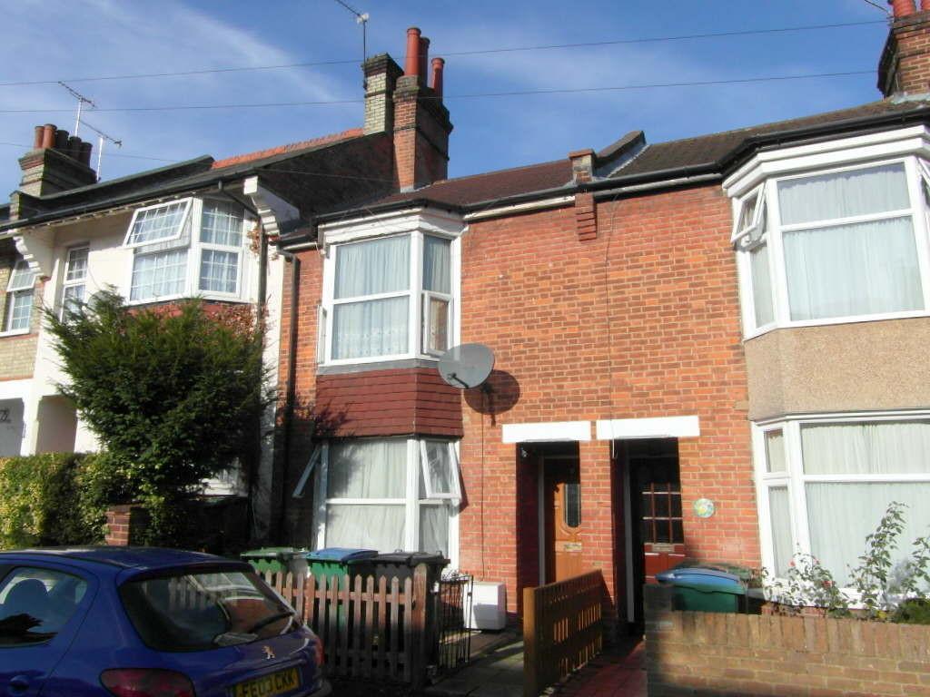 3 Bedrooms Terraced House for sale in Westbury Road, West Watford, Watford, Herts