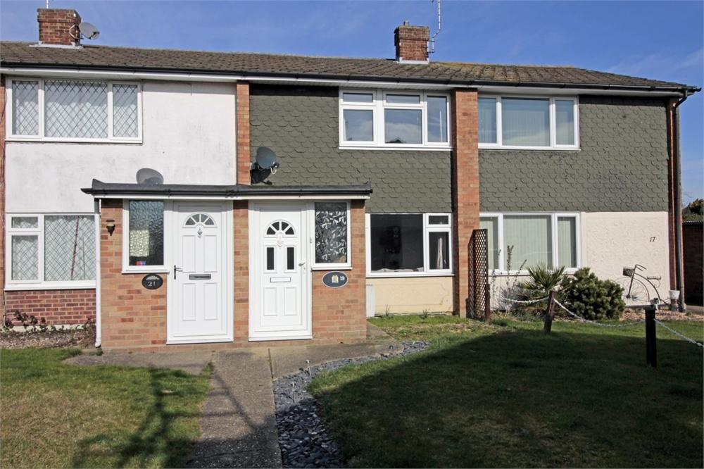 2 Bedrooms Terraced House for sale in Bijou Close, Tiptree, COLCHESTER, Essex