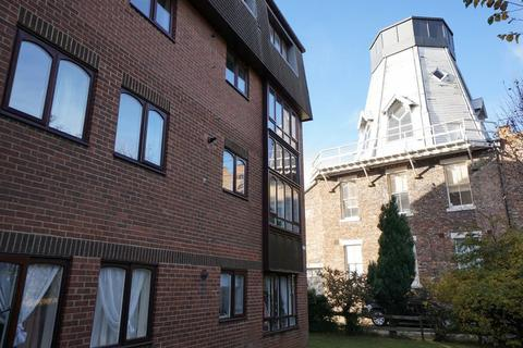2 bedroom apartment to rent - Windmill Court, Spital Tongues