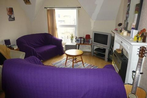 1 bedroom flat to rent - 1 Bedroom Flat on Rutland Avenue, Liverpool, L17