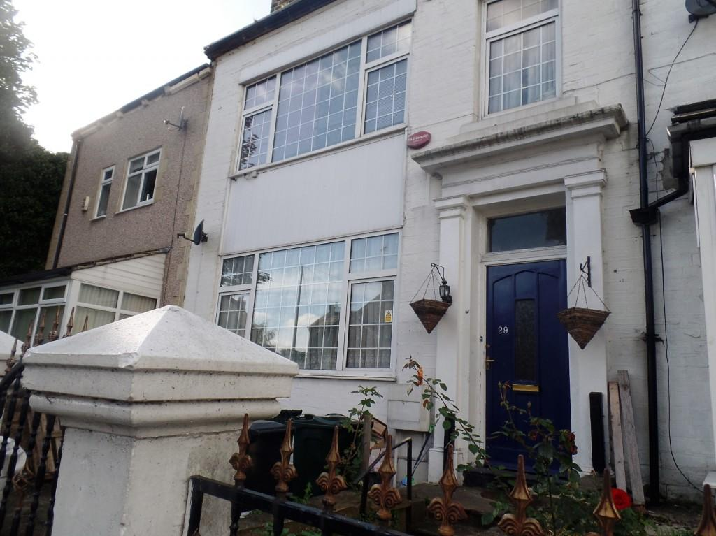 5 Bedrooms Terraced House for sale in Harrogate Road, Bradford, BD2
