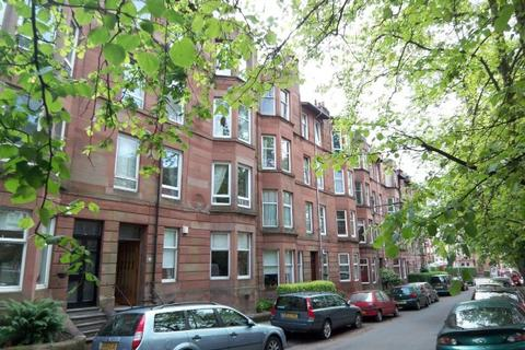 2 bedroom flat to rent - Edgemont Street,  Shawlands, G41