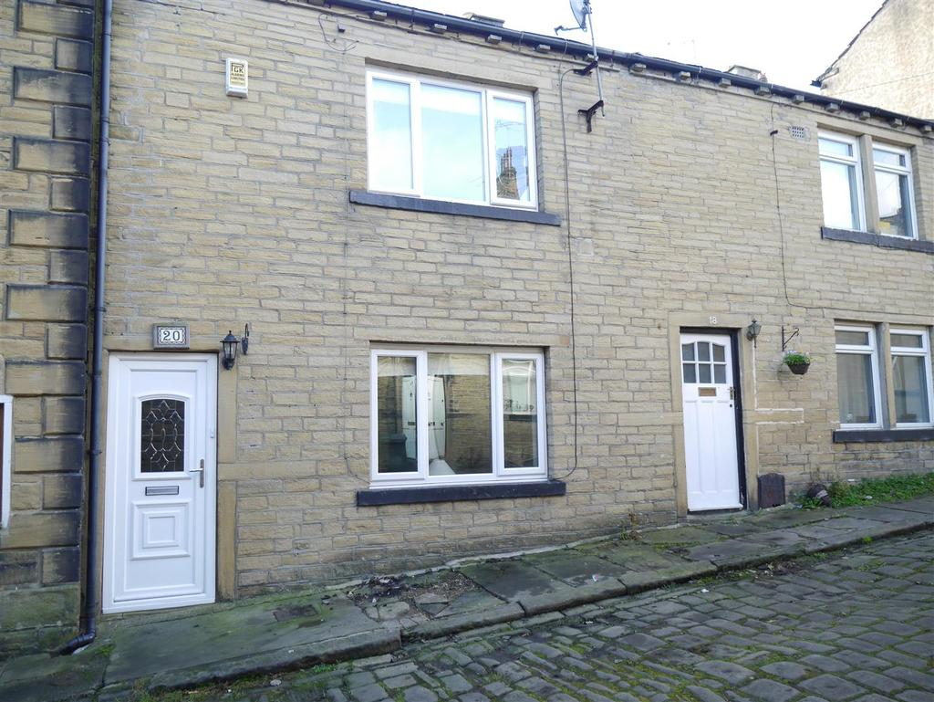 2 Bedrooms Terraced House for sale in Spring Street, Idle, Bradford, BD10 8ST