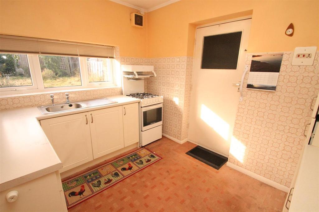 2 Bedrooms Bungalow for sale in Linden Road, Coxheath, Maidstone