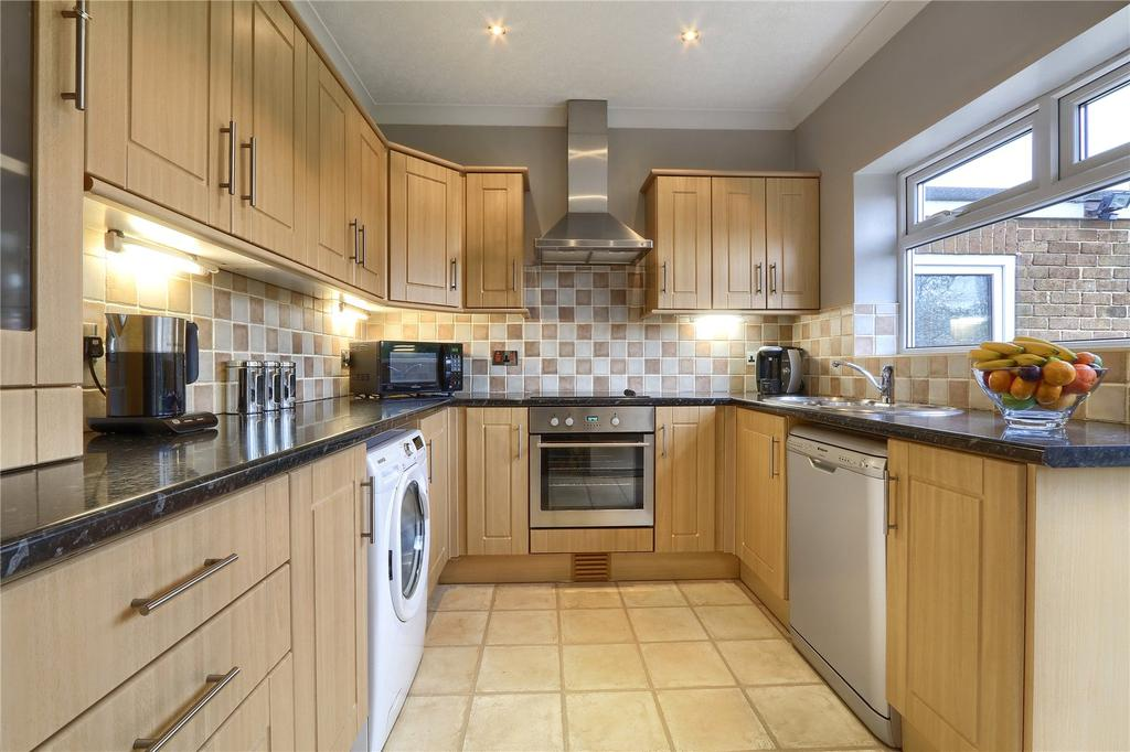 3 Bedrooms Semi Detached Bungalow for sale in Southlands Drive, Nunthorpe