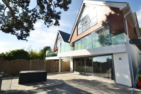 4 bedroom detached house for sale - Over Links Drive, Lower Parkstone, Parkstone, Poole BH14