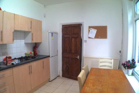 5 bedroom house share to rent - Filey Rd, Fallowfied, Manchester m14
