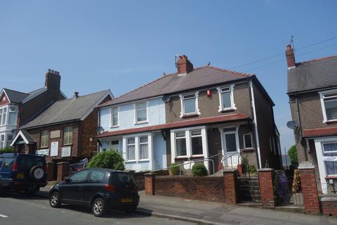 3 bedroom semi-detached house to rent - Barry Road, Barry,