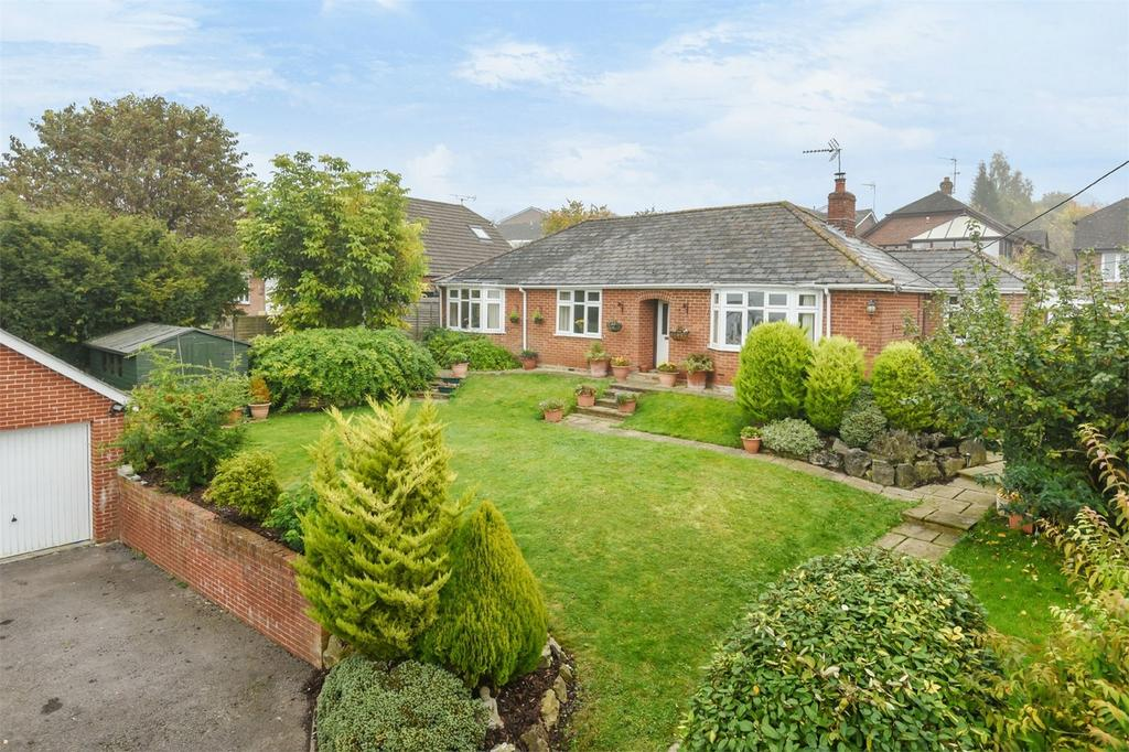 4 Bedrooms Detached House for sale in Kings Worthy, Winchester, Hampshire