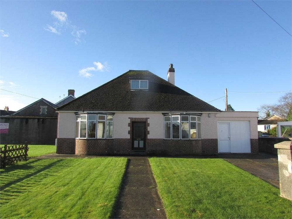3 Bedrooms Detached Bungalow for sale in The Crescent, NARBERTH, Pembrokeshire