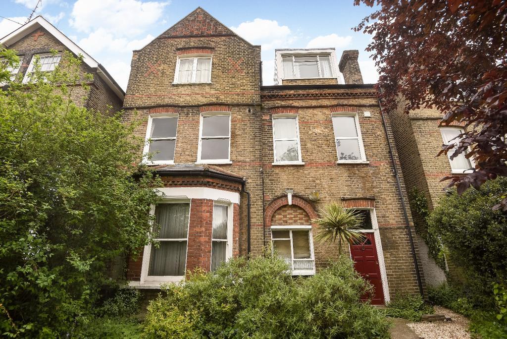 1 Bedroom Flat for sale in Vanbrugh Hill London SE3
