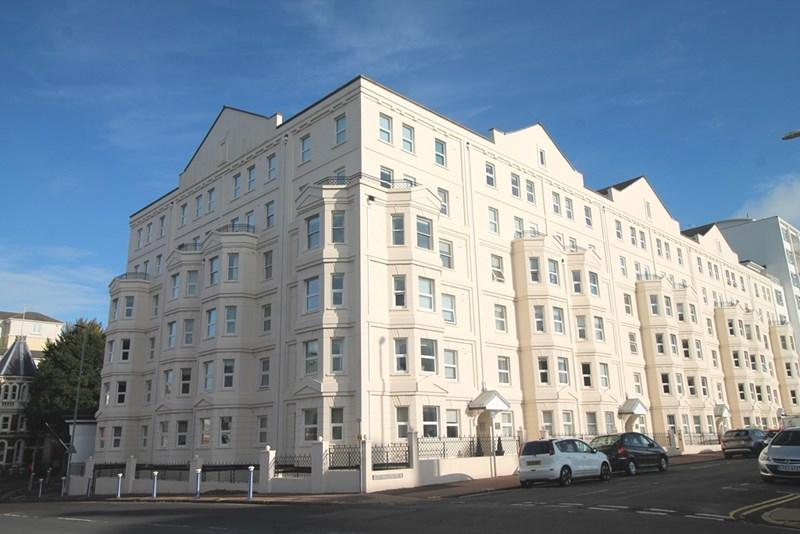 2 Bedrooms Apartment Flat for sale in Wilmington Square, Eastbourne