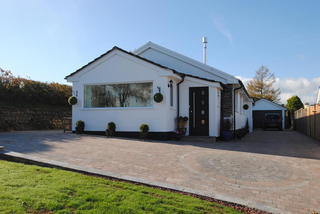 4 Bedrooms Bungalow for sale in Trekenner, Launceston