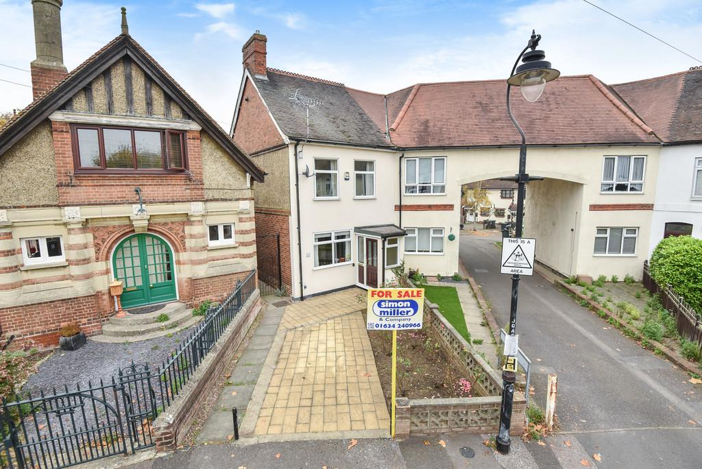 3 Bedrooms End Of Terrace House for sale in Queens Avenue, Snodland