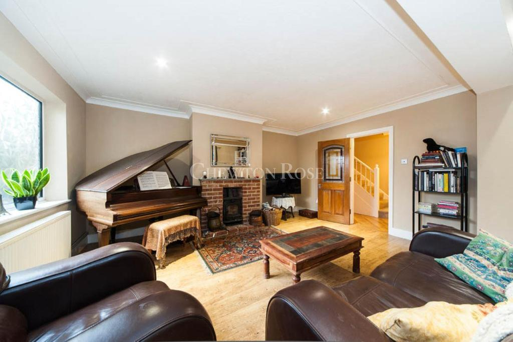 5 Bedrooms Detached House for sale in Mill Ride, Ascot.