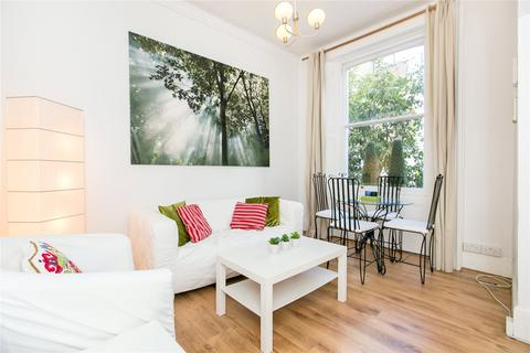 1 bedroom flat to rent - Ladbroke Crescent, London, W11