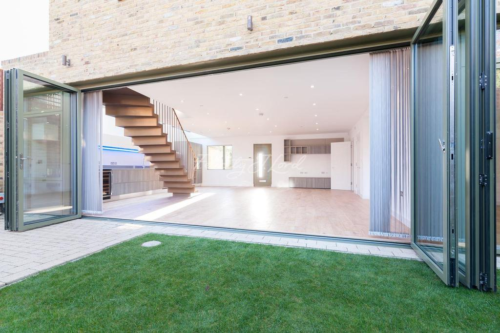 3 Bedrooms End Of Terrace House for sale in Moray House, Finsbury Park, N7